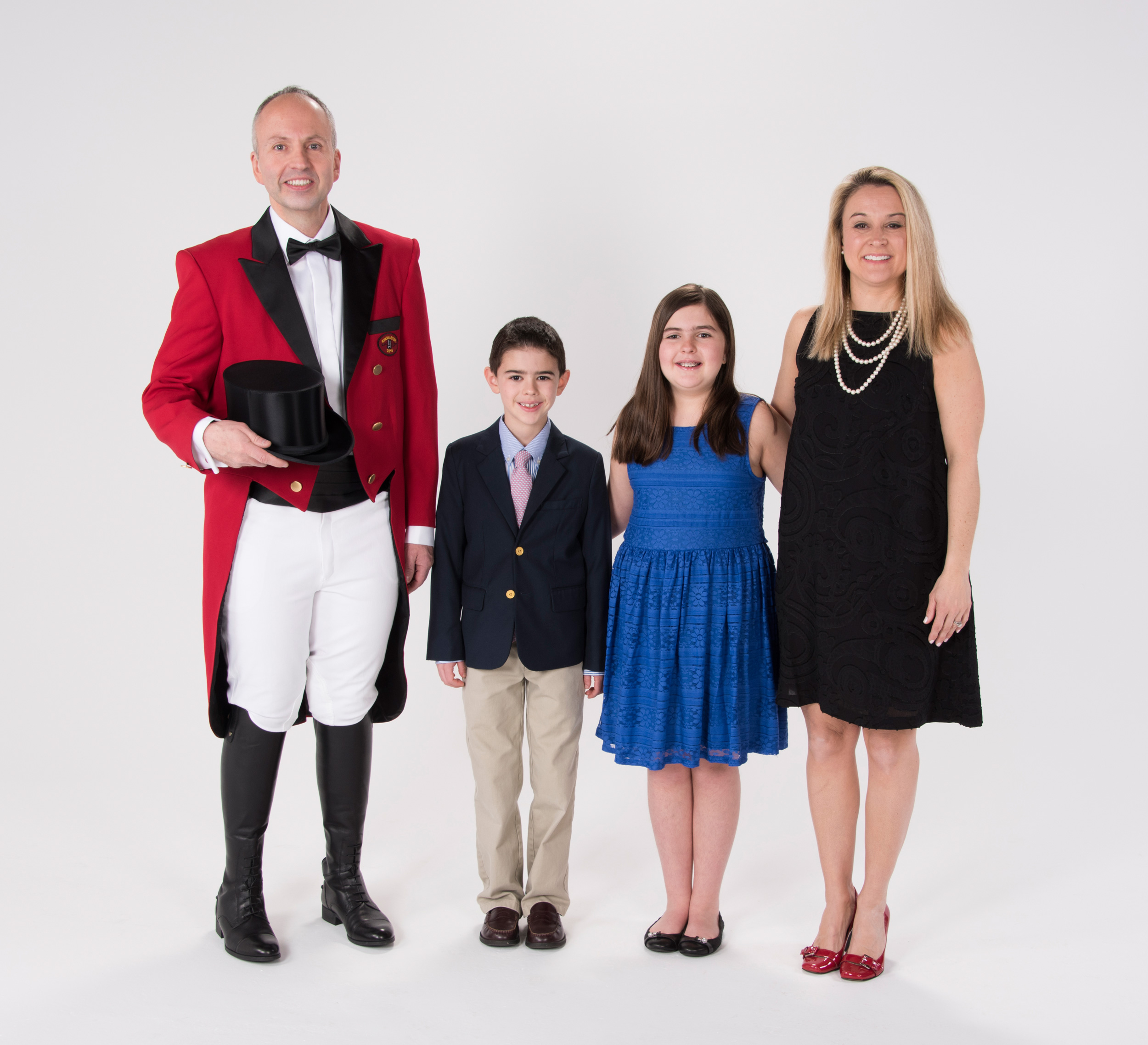 2016 Ringmaster Jason Julian with his wife, Tammy, and children Madison and Logan.
